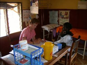 Volunteer in Malawi, for example in a hospital, at a school or at children projects