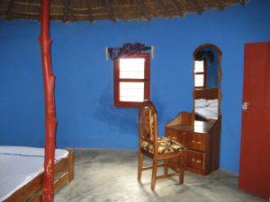 gastgezinnen afrika; verblijf bij een afrikaans gezin of een eigen kamer binnen een traditioneel guesthouse in het dorp.