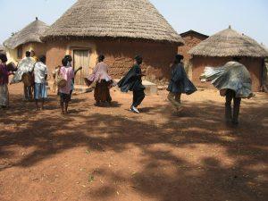 Homestay in Ghana; meeleven met een gastgezin en meedoen met de dagelijkse activiteiten zoals traditionele dansen!