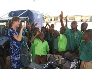 Volunteer in Ghana, for example at a school for deaf children, at a hospital or within a project for sustainable tourism