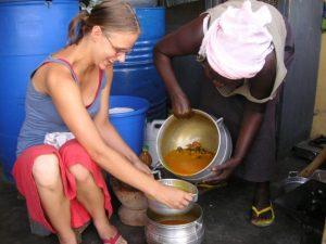 duurzaam toerisme afrika; meeleven met een gezin in Ghana en bijdragen aan een inkomen voor lokale gemeenschappen.