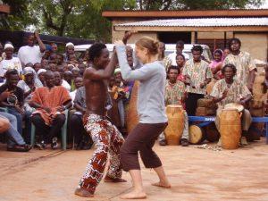 stage in afrika; ook een weekend weg of dans cursus tijdens je vrijwilligers- of stage periode in Afrika hoort erbij